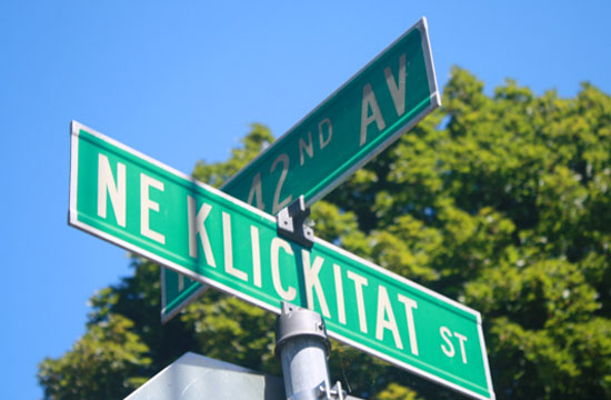 Klickitat Street sign