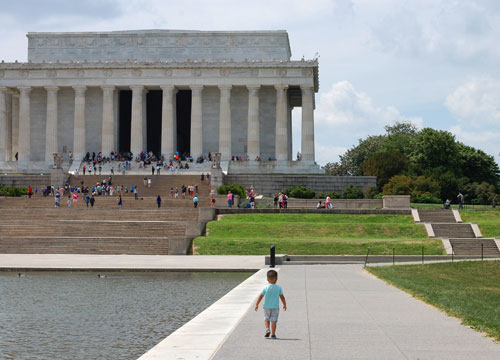 Taylor walking to the Lincoln Memorial