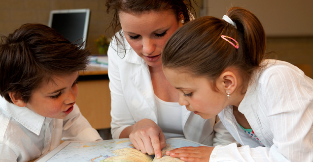 Does Disciplinary Literacy Have a Place in Elementary School?